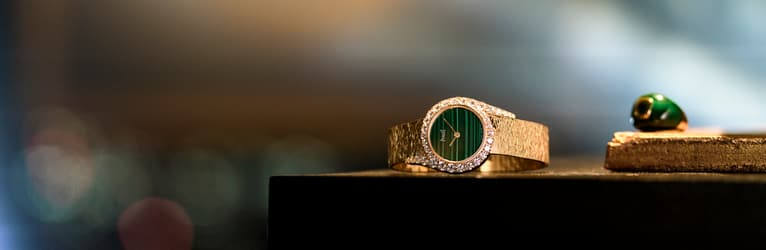 luxury women watch and rose gold jewellery