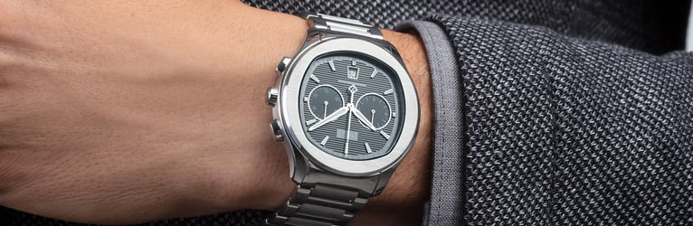 Piaget Polo 自動上鏈腕錶,配備精鋼錶殼