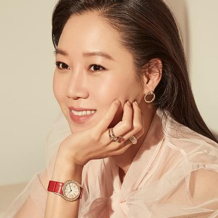 Kong Hyo-Jin wears Piaget luxury women watch and fine jewellery
