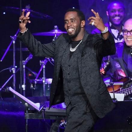 P.Diddy optó por lucir un reloj de lujo con diamantes Piaget en los Premios Grammy2020