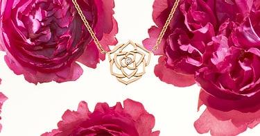 Bague en or blanc et diamants et bracelet de luxe pour la fête des Mères