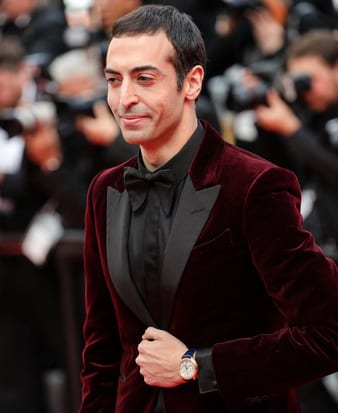 Mohammed Al Turki luce un reloj Piaget Polo de oro rosa.