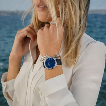 watch for women in white gold and diamonds and Piaget Possession jewellery