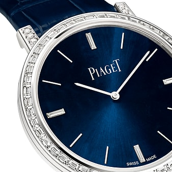 ultra-thin watch for women in white gold and diamonds