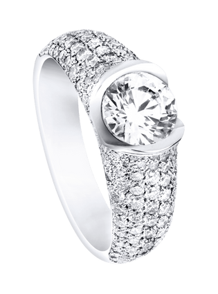 Piaget Celebration engagement ring